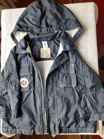 Продам курточку C &A р. 92