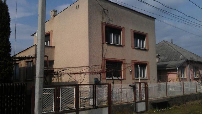 Закарпатська обл. г. Ужгород с. Минай вул. Дегтярьова 30