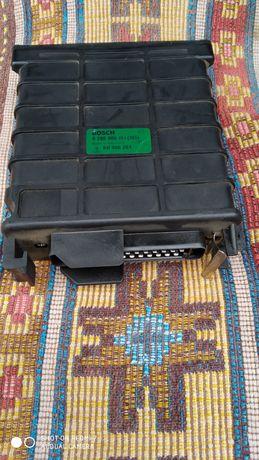 Блок управління двигуном Ауді 100с3 Bosch jetronik 1.8