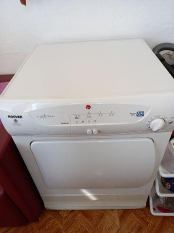 Máquina de secar impecável