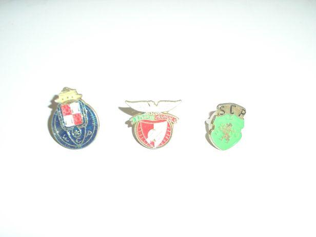 Pins clube desportivo