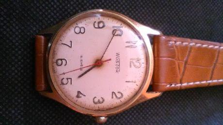 zegarek pozłacany Wostok 18 kamieni.