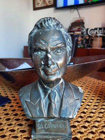 Busto Dr.° Sá Carneiro