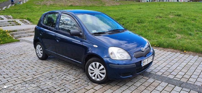 Toyota Yaris 2003r Lift--1.0 Benzyna--5 drzwi-- Zadbany