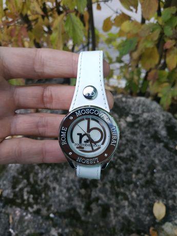 Стильные часы RoccoBarocco Италия!