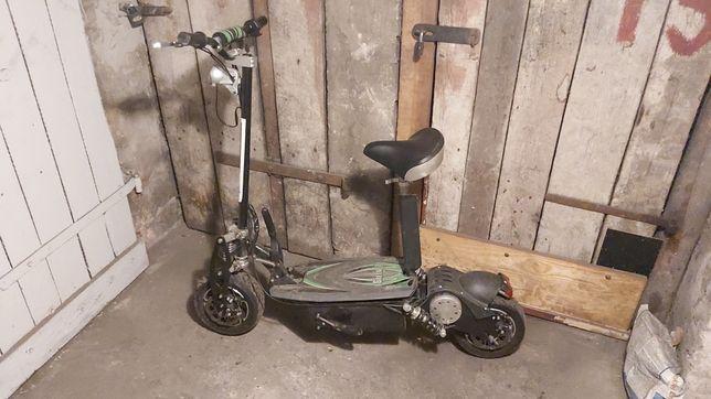 Hulajnoga skuter elektryczny