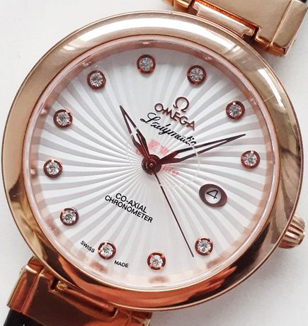 Часы брендовые женские.Класс ААА