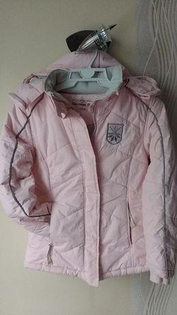 Zimowa kurtka dziewczęca R. 128-134 cm/8-9 lat