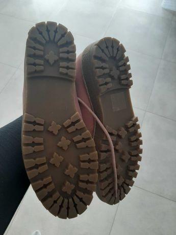 Nowe buty traperki za kostke