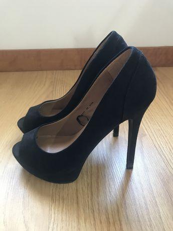 Sapatos salto alto (tam 38)