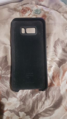 Продам чехол на Samsung s8+(ориг)