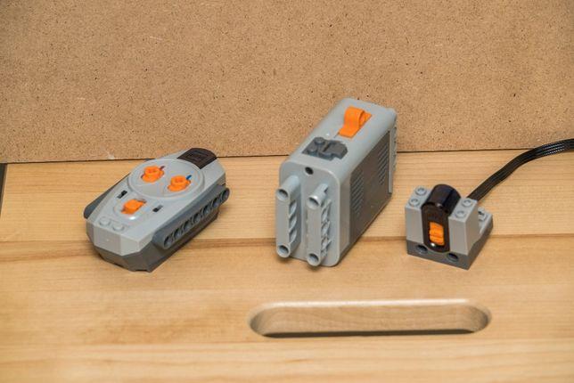 Lego Odbiornik IR 8884 + Pilot IR 8885 + Pojemnik na baterie 8881
