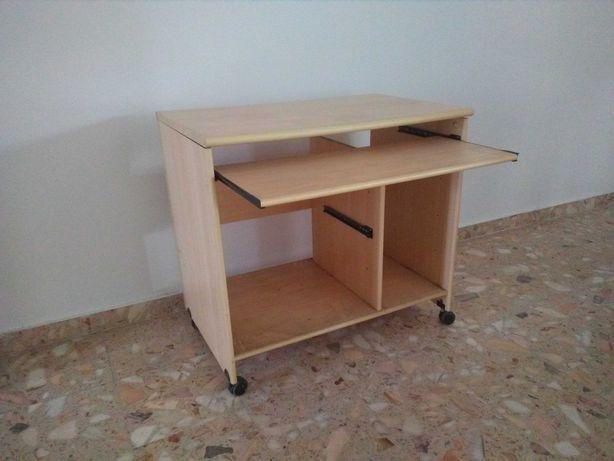 Escrivaninha de quarto