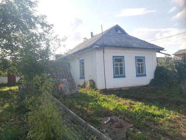 Продам будинок в селі Пугачівка, ціна договірна.