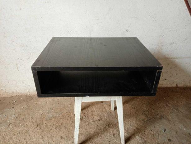 podstawka pod telewizor na magnetowid