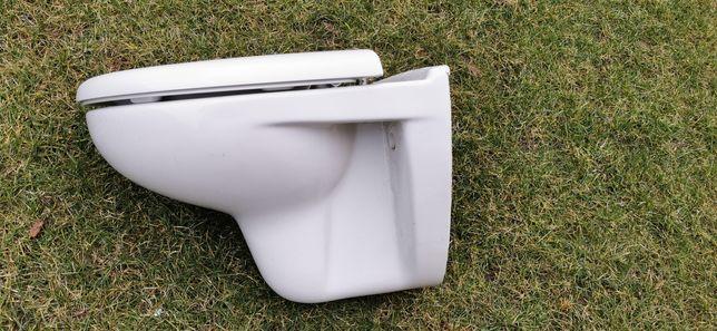 WC koło + umywalka Ceresit
