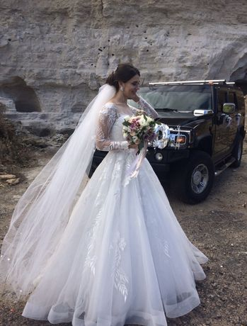 Весільна сукня свадебное платье с рукавами Naviblue bridal