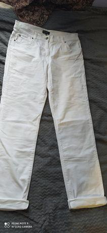 Білі джинси з Франції