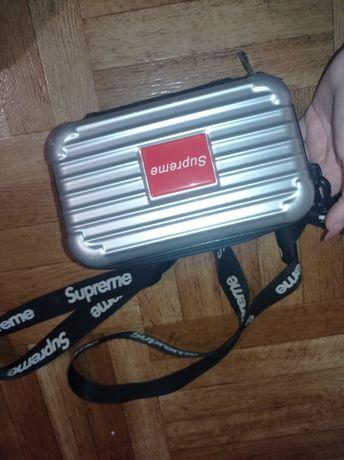 Сумка Supreme чемоданчик Женская