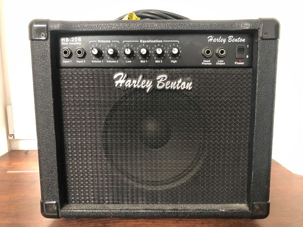 Piec basowy Harley Benton