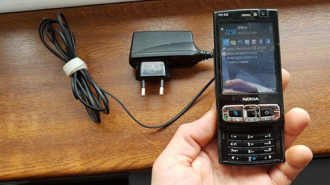 Telefon Nokia N95 8GB z ładowarką