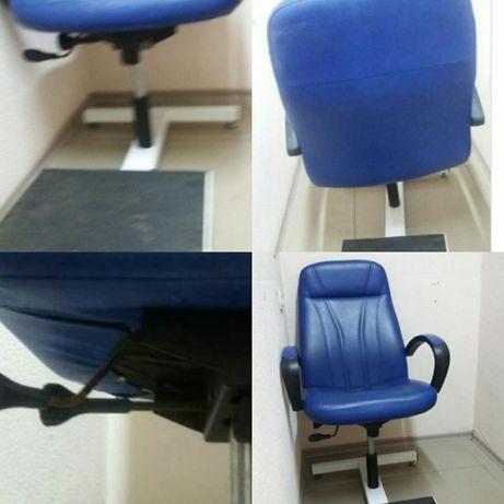 кресло педикюрное продаётся