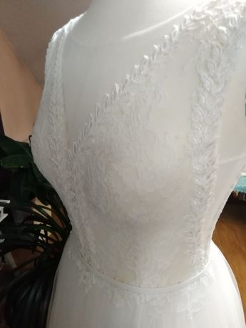 Okazja! Koronkowa zwiewna suknia ślubna.