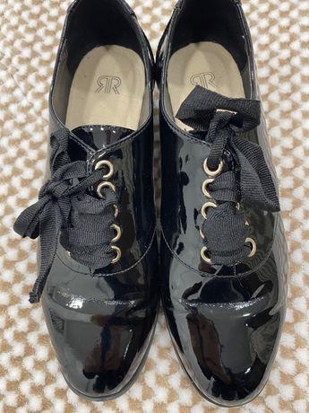Sapatos verniz 37