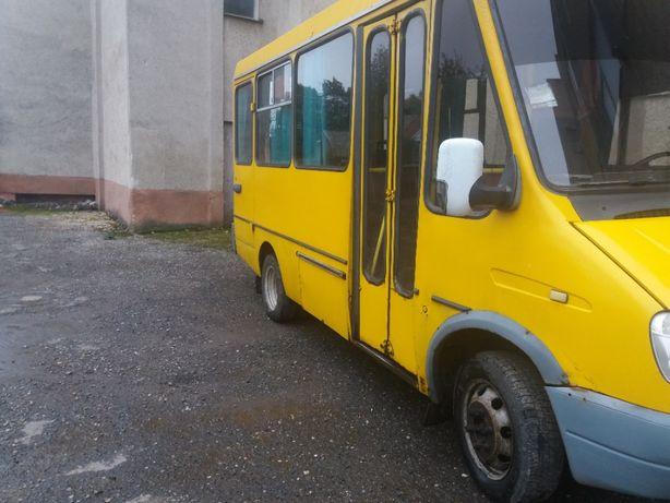БАЗ-2215