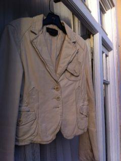 casaco de pele genuina BCBG Maxazria