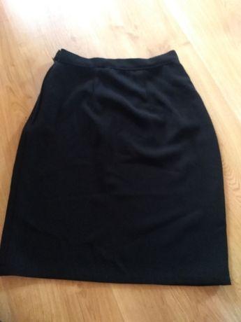 Sprzedam czarna spódniczkę r. xs