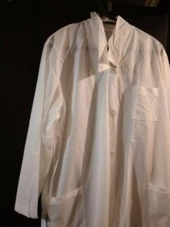 Медицинский халат белый нейлоновый l, xl продаётся срочно
