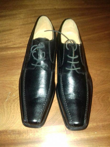 Sapatos homem n.44