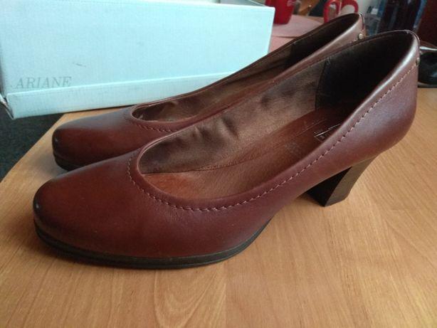 Buty damskie skórzane 40 nowe skóra brąz na obcasie obcas skórzane
