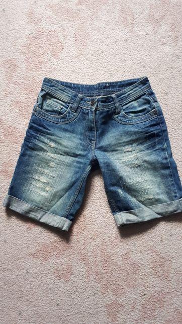 Spodenki jeans około 146