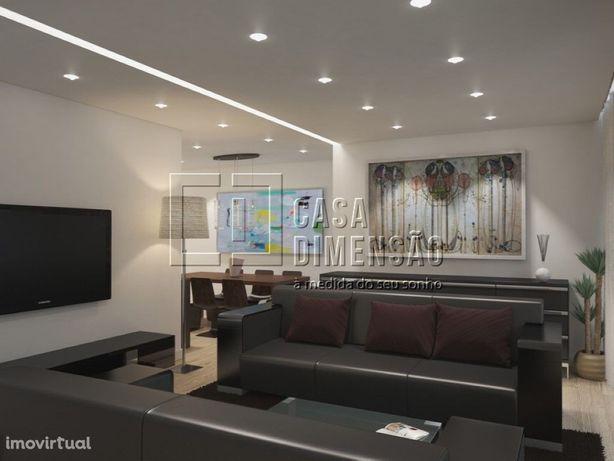 Apartamento T2 com garagem na Serra de Carnaxide!! Novo