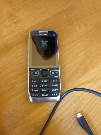 Nokia E52 + zestaw
