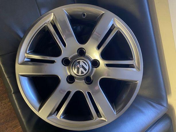 Оригинальные диски VW Amarok R17 8j et 49