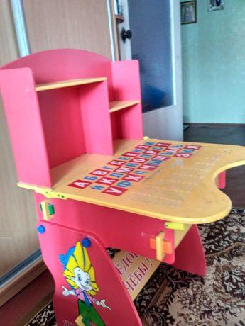 Столик детский для навчання