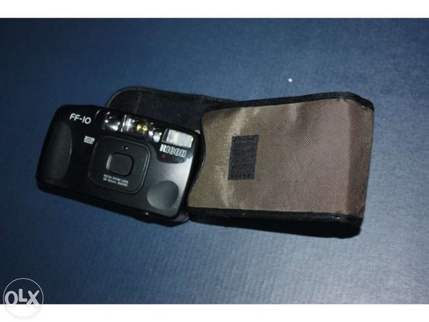 Máquina fotográfica Ricoh FF-10