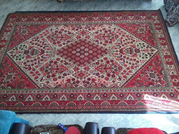 Продам килим шерстяний 2*3