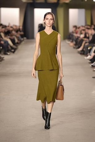 Платье hugo boss runway оригинал maxmara brunello fabiana celine chloe