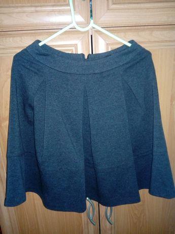 Ciemnoszara spódnica reserved rozmiar 36