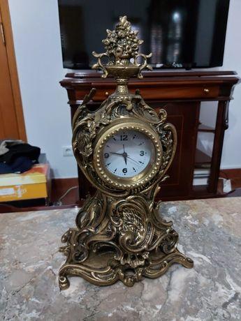 Relógio de Mesa Vintage/Antigo