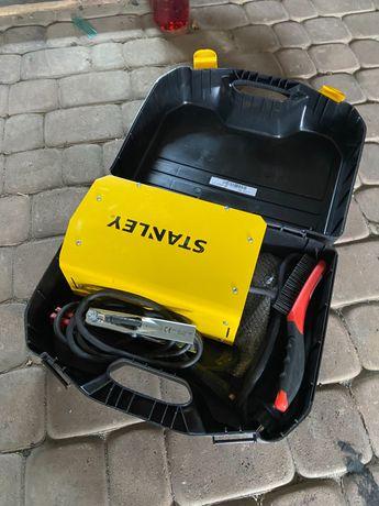 Zestaw Spawarka stanley star 7000, dwie maski, szczotki, elektrody 2