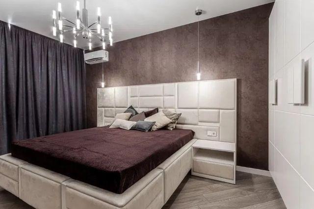 Продам 2 комнатную квартиру с евро-ремонтом 2 минуты метро героев Труд