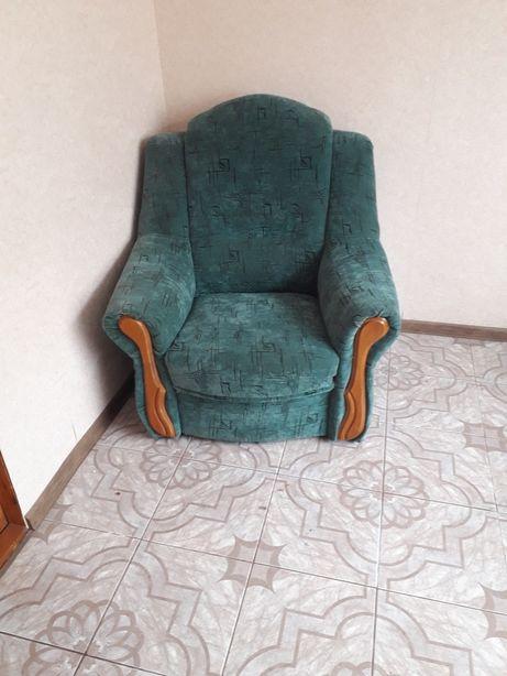 Продам 2 крісла