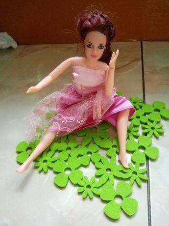 Lalka Barbie zginane ręce nogi różowa sukienka