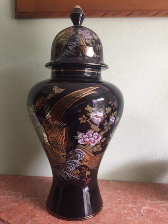 Conjunto candeeiro e jarrão porcelana Alcobaça antiga.