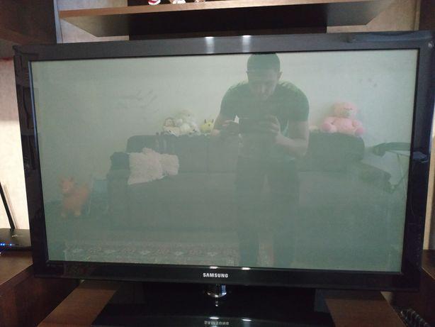 Телевизор Samsung 42 под восстановления и на запчасти